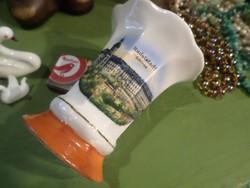 CW & Co Deesbach márkájú , szép kis , porcelán váza az 1900-as évek elejéről .