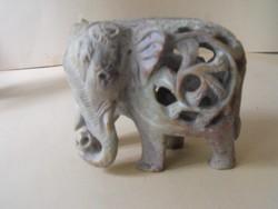 Ásvány elefánt