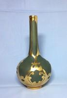 Mázatlan Limoges porcelán váza szecessziós vastag színarany rátét díszítéssel, jelzett, kb. 1900-ból