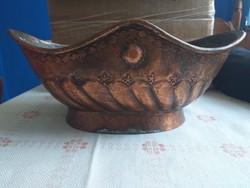 Antik bronz kínáló