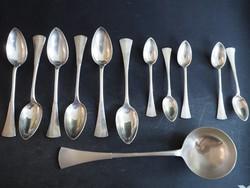 Ezüst evőeszköz