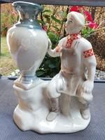 Antik porcelán szobor