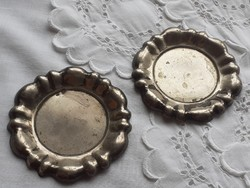Régi mini alpakka tányér vintage fém gyűrűtartó dísztál poháralátét 2 db