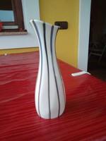 Aquincumi porcelán váza.