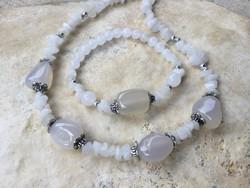 Fehér opálos jáde ásvány gyöngysor és női Karkötő ékszer szett