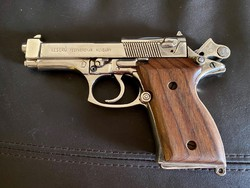 Keserű diszpisztoly Beretta replika