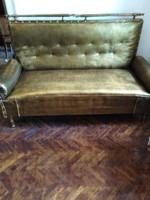 Antik kanapé
