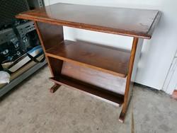 Antik asztalka, alsó tároló polccal