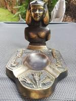 Bronz figurális hamutartó