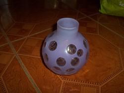 Lila gömb váza
