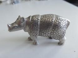 Ezüst rinocérosz kisplasztika, vitrintárgy