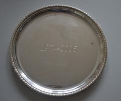Ezüst kerek tálca, gravírozott, 249 g