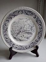 Angol porcelán lapos tányér tájkép hidal,virágos dombor peremmel 24,2 cm