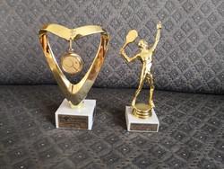 2 db tenisz trófea / szobor - márvány talpon
