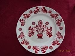 Hollóházi porcelán falitányér, népművészeti mintával, átmérője 24 cm.