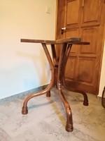 Thonet,thonett asztal,kártyaasztal,kerek asztal