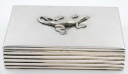 Ezüst Szivarka doboz, szalamadra applikációval