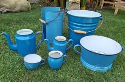 7 db-os kék zománcos csomag  vödör,  csésze, ritka  hasas bögre,  szűrő, kanna, nosztalgia darab