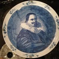 Kerámiá majolika tányér, fali tányér. Kézzelfestett kobalt kék máz, portré F-24