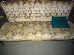 Chippendél háromüléses kanapé