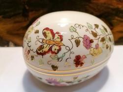 Zsolnay porcelán , művész által aláírt nagy, pillangós tojás, bonbonier