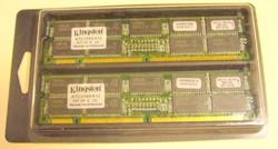 KINGSTON KTC3285 512 ECC 512MB PC100 szerver MEMÓRIA ECC vintage-MPL csomagautomatába is mehet