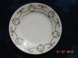 Ges.Geschützt Austria Girlandos szecessziós, dombormintás tányér 18 cm