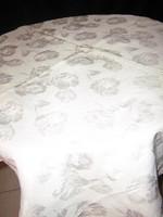 Gyönyörű vintage selyem rózsás terítő
