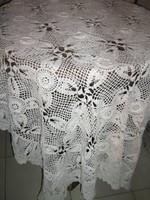 Különleges csodaszép antik fehér kézzel horgolt virág mintás csipke terítő