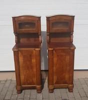 2 darab antik éjjeli szekrény, méretek: 43,5x37x128 cm