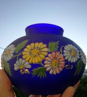 Kobaltkék sötét kék üveg virágokkal festett! Hasas, használható is nehéz!parád, Muránói, vagy Cseh
