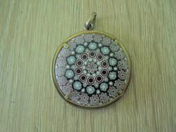 Muranoi üveg betétes medál