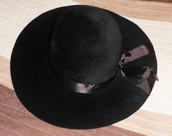 Női kalap kalapdoboz alkalmi fekete régi