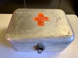 Régi egészségügyi doboz láda komplett szett