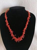 Ágas korall nyaklánc igazi vintage termék