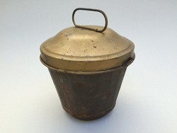 Régi fedeles fém kuglófsütő kuglóf vintage cukrász sütőforma