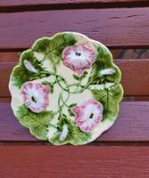 Gyönyörű virágos  Körmöcbányai Majolika tányér, Gyűjtői darab, nosztalgia