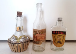 Régi likőrös rumos italos címkés üveg Boszorkánycsepp retro Tea-rum Borbolett 3 db