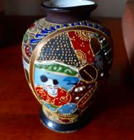 Antik aranyozott domborműves Japán pocelán váza