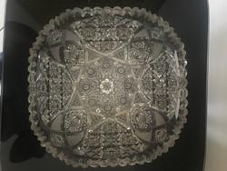 Gyönyörű, nagy méretű kristály kínáló