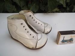 Cipő - RÉGI - Osztrák - kiscipő - 18 cm - bőr talp - hibátlan