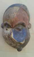 Afrika afrikai antik maszk patinás Pende gyógyító maszk Kongó fal 23.