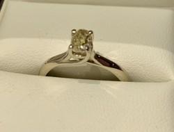0,5 karátos brilliáns fehérarany gyűrű