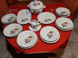 Kahla német 6 személyes porcelán étkészlet.