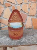 Budafoki zománcos  fali sótartó. Nosztalgia darab, paraszti dekoráció
