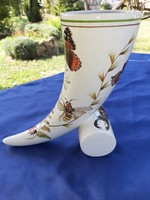 Tülök formájú kézzel festett váza