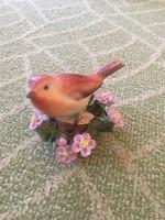 Herendi madárka virágok közt