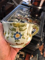 Porcelán csésze, 7 cm magas, 11 cm átmérőjű, ritkaság..