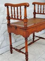 Antik karfás ülőke, esztergált, hálós, ritkaság