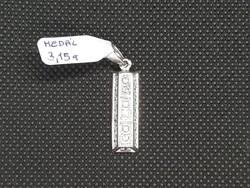 Ezüst függő 3,15 gr 21 db cirkónia kővel